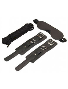 БДСМ-набор в черном цвете: закрытая маска, наручники, веревка для связывания