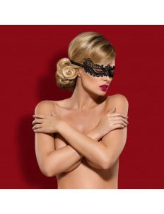 Ажурная маска с чуть приподнятыми краями